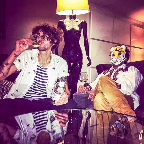 TIGRE Y DIAMANTE - Hola, Somos Tigre y Diamante (…y Tú No) (EP No Label 2016)
