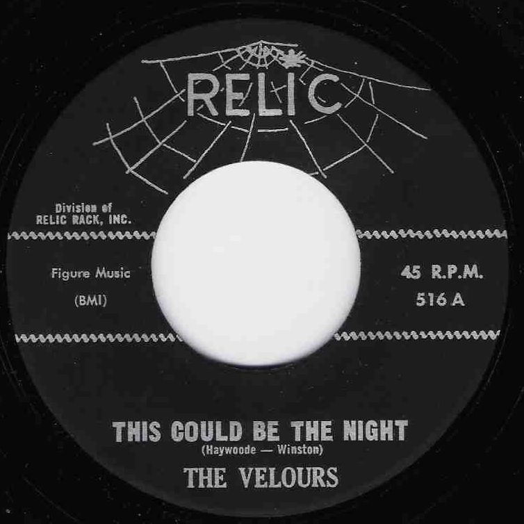 VELOURS, THE - This Could Be The Night / Hands Across The Table (SG,RE Relic 1957)